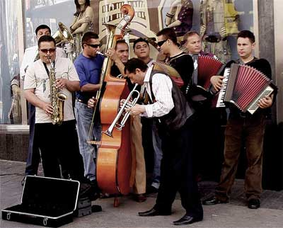 Street Band, with three accordionists